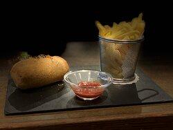 vado e torno. Cordon Bleu di vitello con patatine - Cordon Bleu (Kalb) mit Pommes Frites
