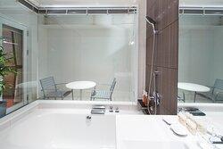 コモドルーフキング バスルーム