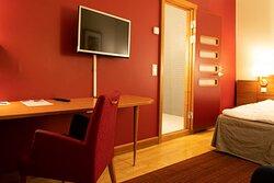 scandic malmen room cabin qc