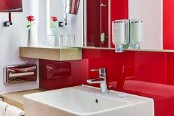 IntercityHotel Enschede, Netherlands - Business Room, Bathroom
