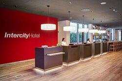 IntercityHotel Frankfurt Hauptbahnhof Süd, Frankfurt, Deutschland - Reception