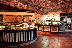 Steigenberger Airport Hotel, Frankfurt, Germany - Restaurant Unterschweinstiege, Buffet