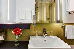 IntercityHotel Frankfurt, Germany, bathroom
