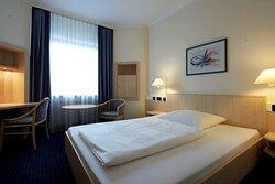 IntercityHotel Ulm, Germany - Business Room