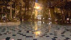 Mayfair pool