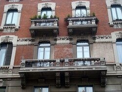 Balconi ed elementi decorativi