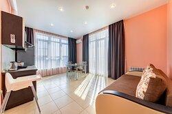 Апартаменты с 2 спальнями Гостиная