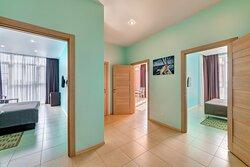 Апартаменты с 2 спальнями Коридор
