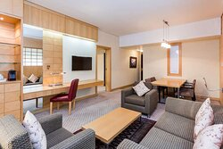 Japanese Junior Suite living and dining area