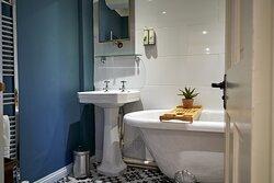 The Malmesbury Roll top bath.