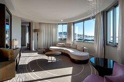 Premium Suite living room