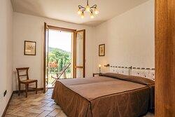 Appartamento OSMANTUS: Camera da letto e balcone con vista