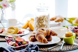 Avani Palm View Dubai Breakfast