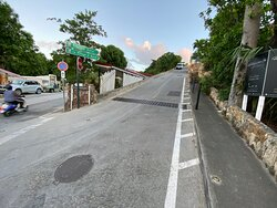 Road leading to Le Village from Main Road