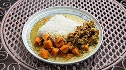 Vegan curry with jasmine rice