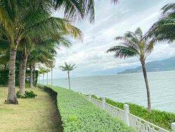 Hòn Đảo Thiên Đường