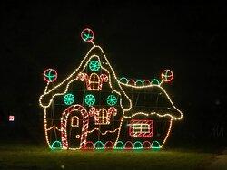 Winter Wonderfest gingerbread house