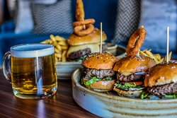 Sliders, brew and Burgers