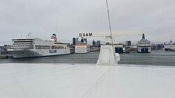 Viking XPRS arriving in Tallinn