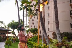 Aston Kaanapali Shores Torch Lighting