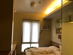 small room, but well appointed, and spotless clean