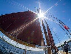 Sun & sails.