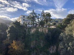 The Villa where is located on the ground floor, with private park, Relais La Rupe .