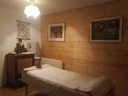 Salon de massage Véronique, place de Venosc