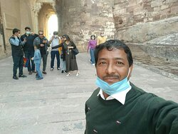 Tour Guide In Udaipur