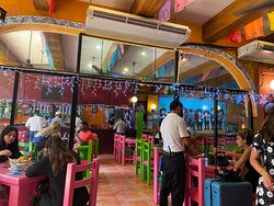 Karens restaurante 5ta avenida