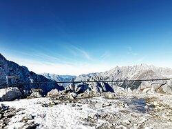 Der Blick von der Nordkette in den Naturpark Karwendel