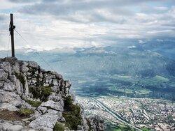 Gipfelkreuz am TOP OF INNSBRUCK, dem Hafelekar (2.334 m)