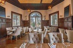 Salle de Restaurant vue du bar