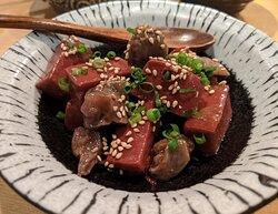 砂肝と赤蒟蒻の旨辛煮