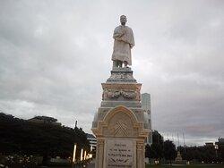 Superb Statue