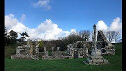 ruines de la Chapelle de Languidou à Plovan