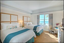 Grand 2 Double Guestroom