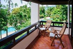 Deluxe King Garden View Guest Room