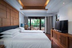 Deluxe Twin/Twin Terrace Guest Room