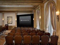 Hamptons Theater Set Up