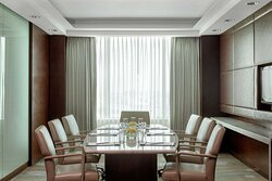 Business Class Lounge Boardroom