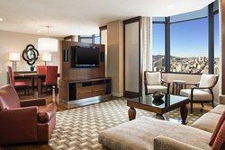 Tower Building Golden Gate Suite – Parlor