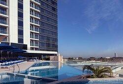 Avani Palm View Dubai - Outdoor Pool