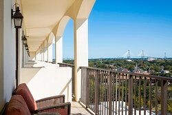 Queen/Queen Concierge Guest Room - Balcony