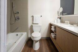 Guest Bathroom - Shower/Tub