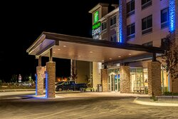 Hotel Exterior Moses Lake Holiday Inn Exprss & Suites