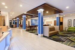 Hotel Lobby Moses Lake Holiday Inn Express & Suites