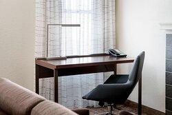 Studio Suite - Work Desk