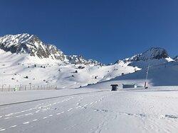 fácil acceso a las pistas de esquí