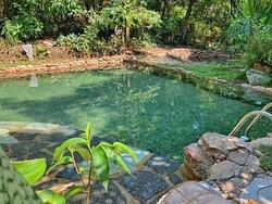 Uma das piscinas termais naturais. A água brota naturalmente e a todo instante estas águas são renovadas.